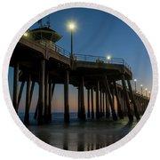 Huntington Beach Pier At Dusk Round Beach Towel