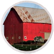 Hwy 47 Red Barn 21x21 Round Beach Towel