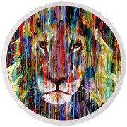 I Am King Large Painting Round Beach Towel