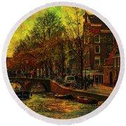I Amsterdam. Vintage Amsterdam In Golden Light Round Beach Towel