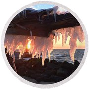 Ice Fangs Round Beach Towel