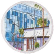 Il Fornaio In Beverly Hills, California Round Beach Towel