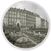 I'm Not A Tourist In Nyhavn Round Beach Towel