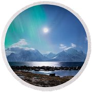 Imagine Auroras Round Beach Towel