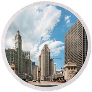 In The Middle Of Wacker And Michigan Round Beach Towel