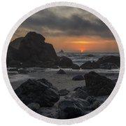 Indian Beach Sunset Round Beach Towel