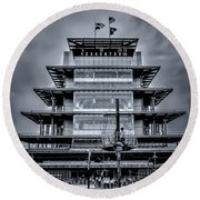 Indy 500 Pagoda - Black And White Round Beach Towel