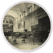 Interior Of The Dining Hall Of The Church Of Santa Maria Delle Grazie Milan Round Beach Towel