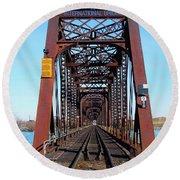 International Bridge - Railway Bridge To United States Round Beach Towel