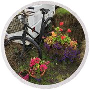 Irish Bike And Flowers Round Beach Towel