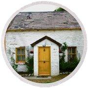 Irish Cottage With A Yellow Door Round Beach Towel