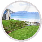Irish Treasures.. Past And Present Round Beach Towel