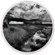Isolated Shower - Bw Round Beach Towel