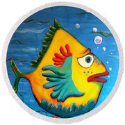 Round Beach Towel featuring the painting Izzy On The Itch by Vickie Scarlett-Fisher