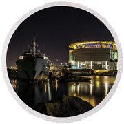 Round Beach Towel featuring the photograph Jamaica Bay At Discovery World by Randy Scherkenbach