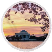 Jefferson Memorial At Sunrise With Blossoms Round Beach Towel