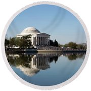 Jefferson Memorial Cherry Blossom Festival Round Beach Towel