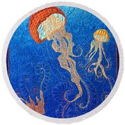 Jellies Of The Sea Round Beach Towel