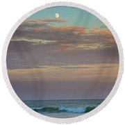 Jetty Four Moonrise Round Beach Towel