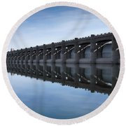 John Martin Dam And Reservoir Round Beach Towel by Ernie Echols