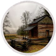John Oliver's Cabin In Cades Cove Round Beach Towel