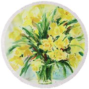 Jonquils Round Beach Towel