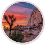 Joshua Tree Sunset Round Beach Towel