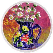 Jug Of Daisies Round Beach Towel