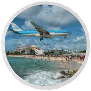 K L M A330 Landing At Sxm Round Beach Towel
