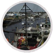 Kennebunkport Harbor In Early Winter Round Beach Towel