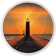 Kenosha Lighthouse Shining Light Round Beach Towel