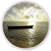 Kenyan Wooden Dhow At Sunrise Round Beach Towel