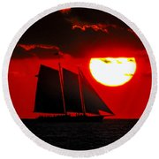 Key West Sunset Sail Silhouette Round Beach Towel
