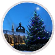 King's College In The Snow Round Beach Towel