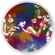 Kiss Watercolor Round Beach Towel