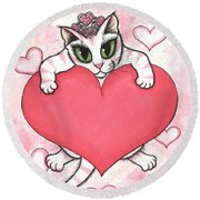 Kitten With Heart Round Beach Towel