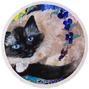 Kitty Goes To Paris Round Beach Towel