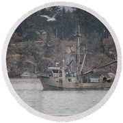 Round Beach Towel featuring the photograph Kwiaahwah by Randy Hall