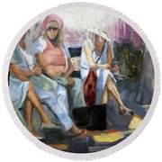 La Conversation Round Beach Towel