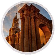Round Beach Towel featuring the photograph La Hora Magia by Skip Hunt
