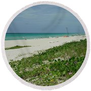 La Playa Mas Hermosa Round Beach Towel
