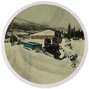 Labrador Nurse Round Beach Towel