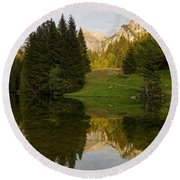Lac De Fontaine Round Beach Towel