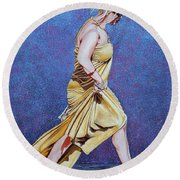 Lady In Hurry Round Beach Towel