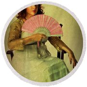 Lady With A Fan Round Beach Towel