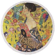 Lady With Fan Round Beach Towel