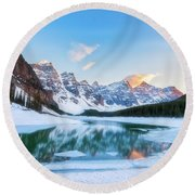 Lake Moraine Sunset Round Beach Towel