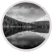 Round Beach Towel featuring the photograph Lake Trillium In Black And White by Lynn Hopwood