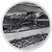 Round Beach Towel featuring the photograph Lakeland Barn by Keith Elliott
