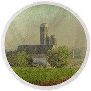 Lancaster Pennsylvania Farm Round Beach Towel